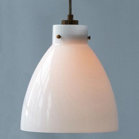 luminaria-moderna-milkglass-saladesign-juliana-daidone