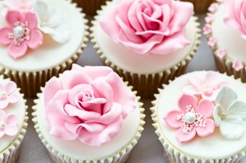cupcakes finos icasei rosa