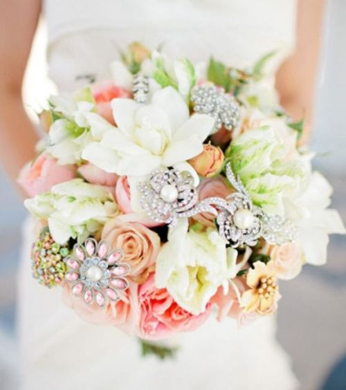 Encontrado em weddingsromantique.com
