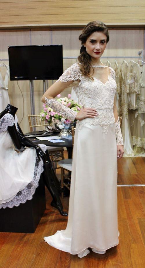 Vestidos e joias para noivas - Trinitá