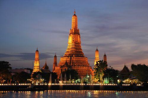 abre - bangkok (wat arun temple)