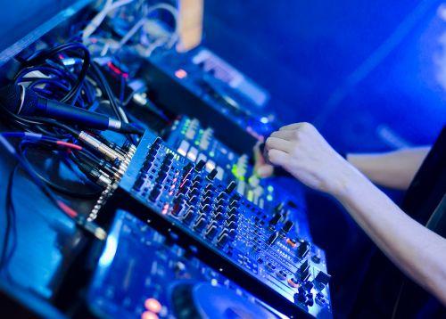 DJ-RONALDINHO