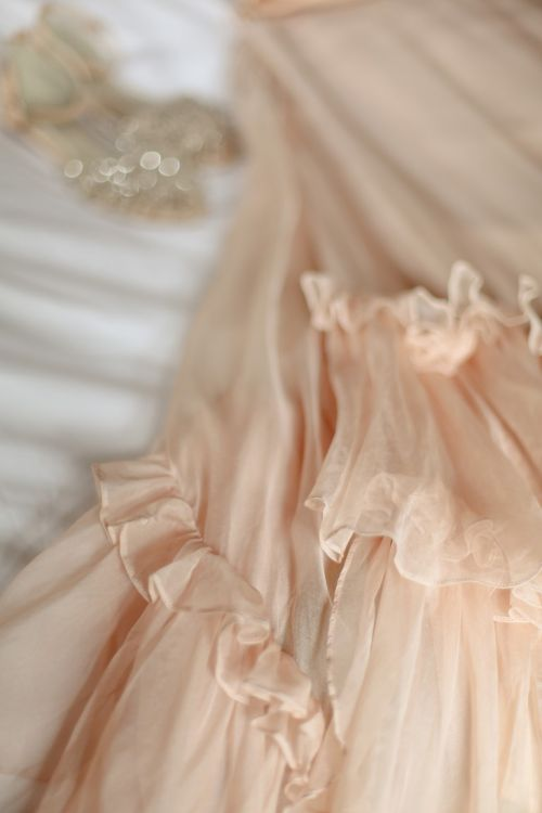vestido de noiva cor-de-rosa