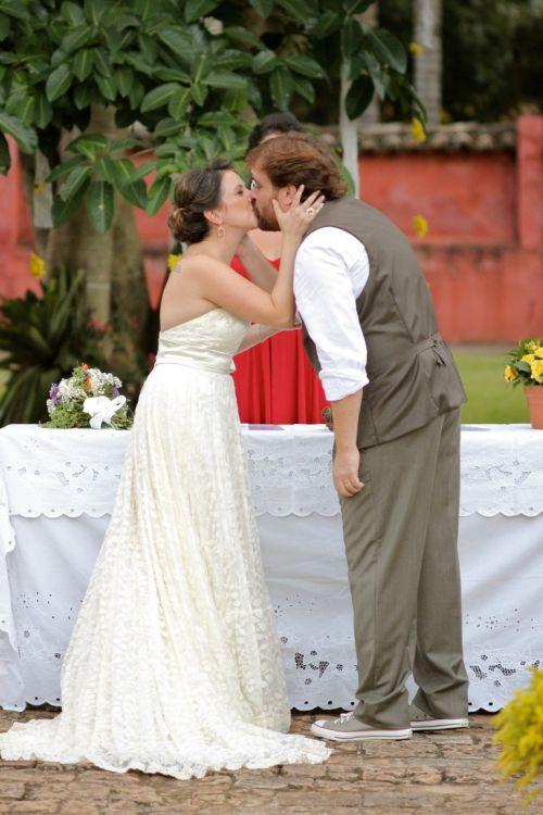 casamento-cerimonia-campo-noivos