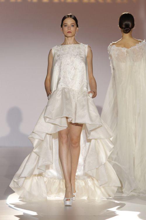 juana- martin-desfile-vestido