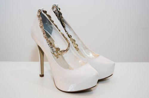 scarpin luana zabot Descubra o sapato para casamento ideal