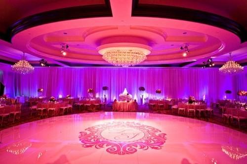 20-wedding-dance-floor-ideas-17-500x333