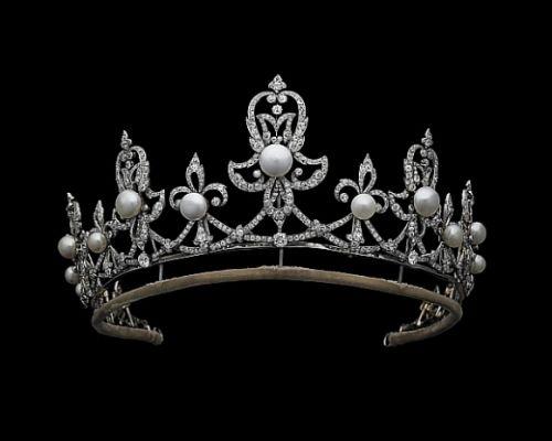 Exposição Pérolas - Museu da Arte Brasileira - tiara de perolas Condessa Spencer
