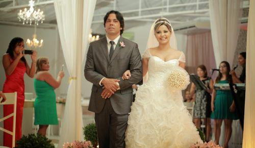 vestido de noiva Henrique Arteiro