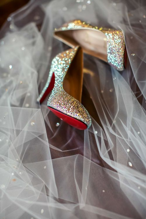 Christian Louboutin sapato da noiva