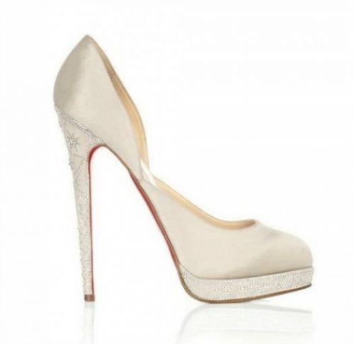 christian ouboutin en satin taupe louboutinsoldes - sapato da noiva