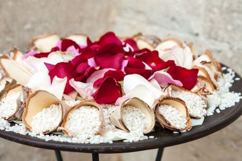 tradições-do-casamento-chuva-de-arroz