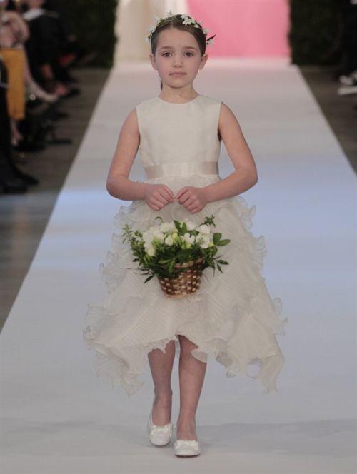 de la renta flower girl - 3