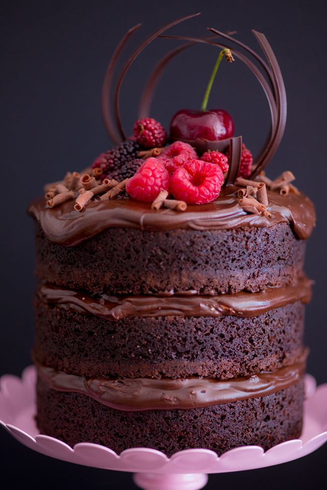 Naked Cake de chocolate com nutella