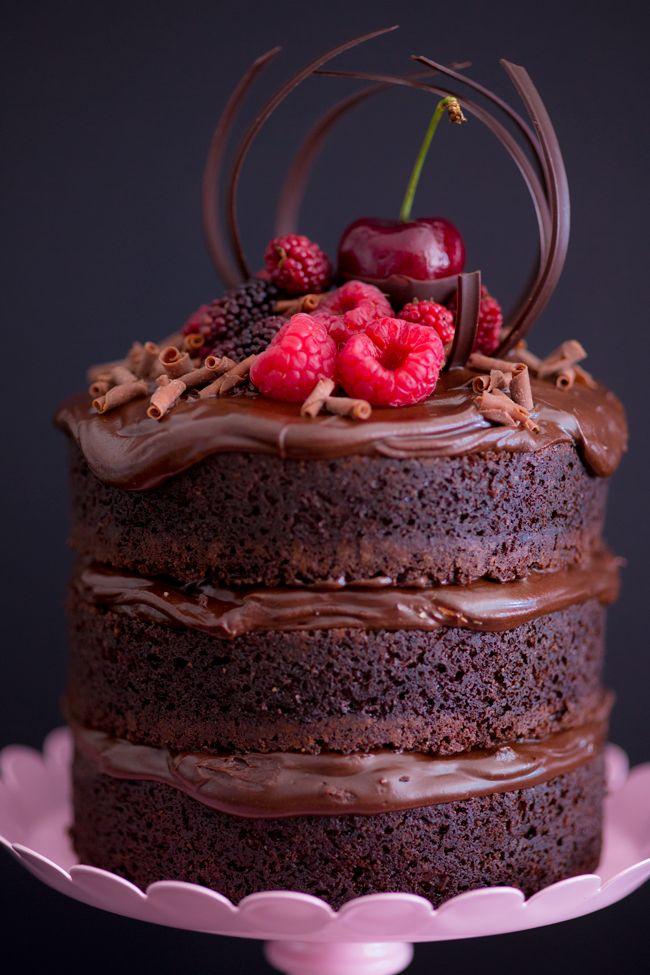 Naked Cake de chocolate com nutella