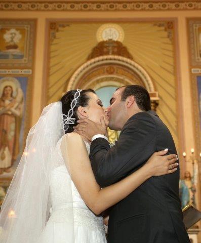 Noivos beijo - Casamento Real | Maira e Gilberto