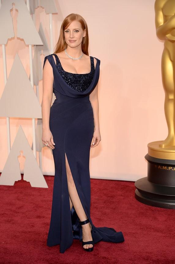 Jessica Chastain vestido roxo com brilhos de Givenchy Couture - Inspiração | Oscar 2015
