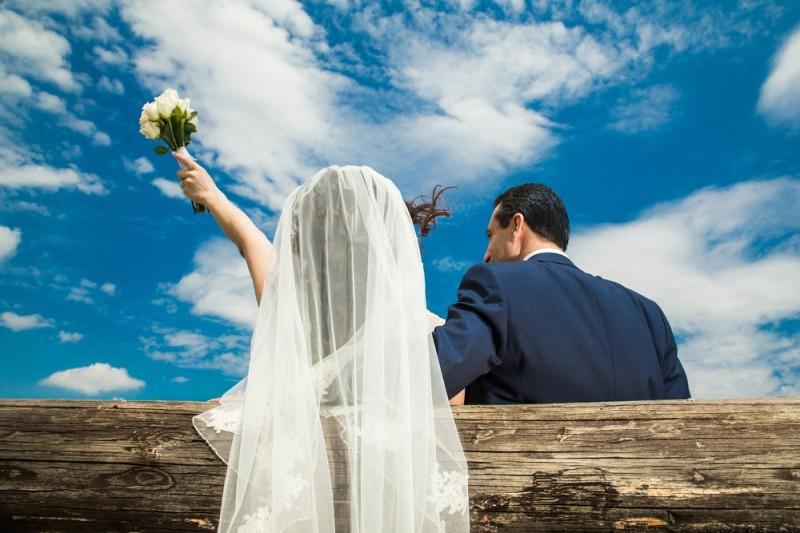 casal feliz - início de casamento