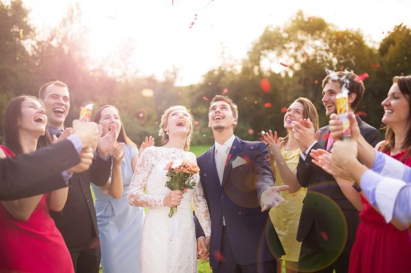 chuva de confete casamento na Itália