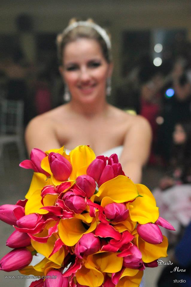 decoração de casamento com tons vibrantes (6)