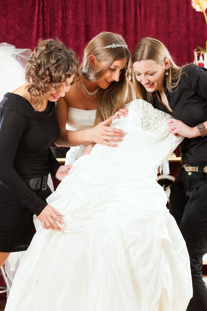 estilista vestido de noiva - joia para casamento