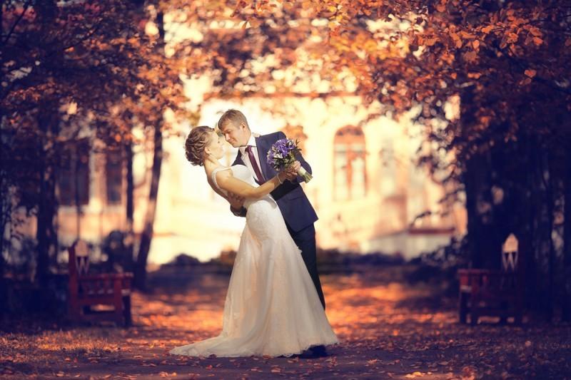 noiva e noivo - dicas de etiqueta para o casamento