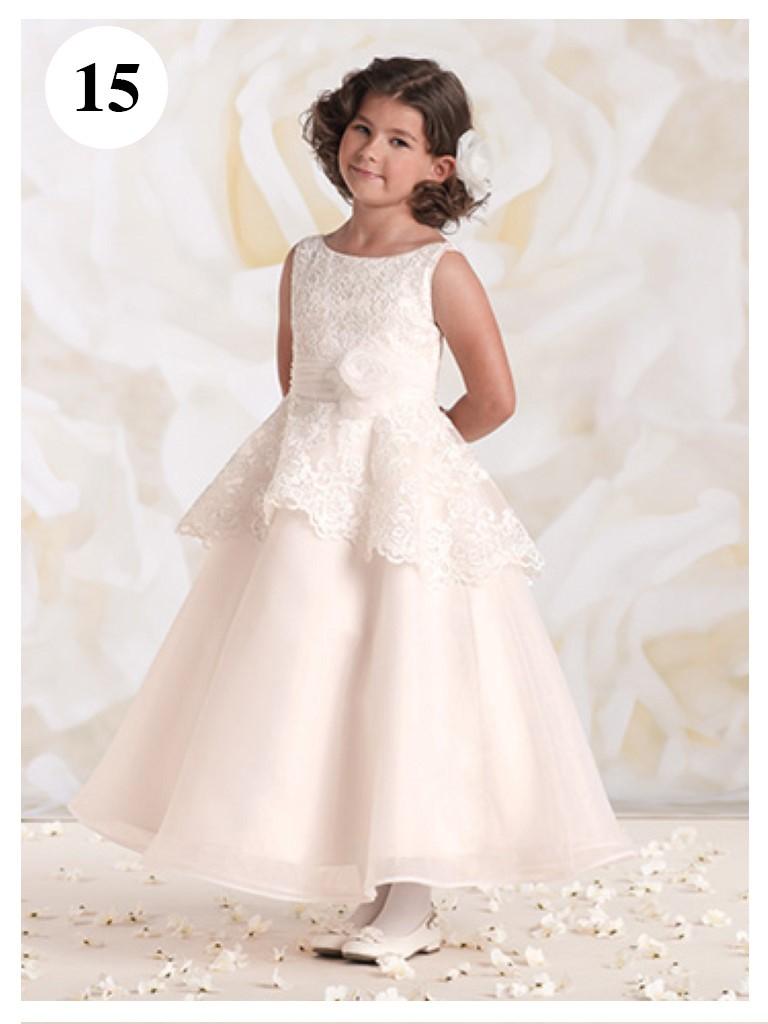 Vestido de daminha branco com faixa azul