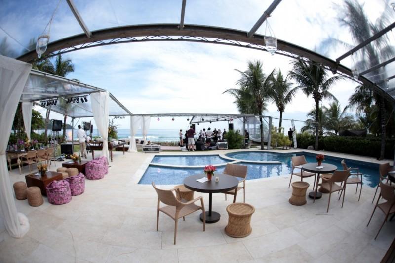casamento-carina-e-edu-decoração boutique de cena - lounge na praia