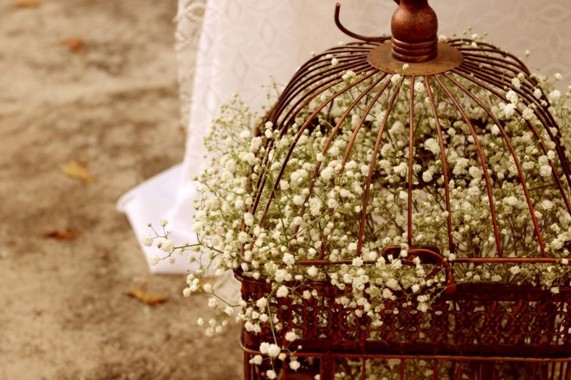 decoracao-de-casamento-gaiola-com-flores-the-story-box (Medium)