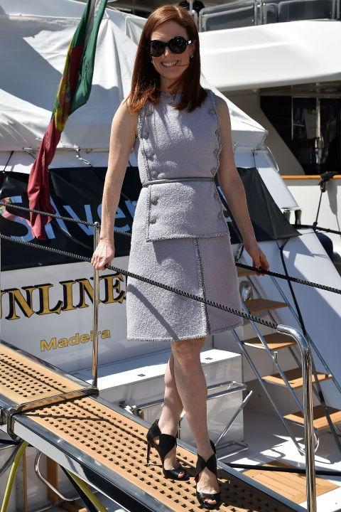 gallery-1431702718-hbz-cannes-julianne-moore