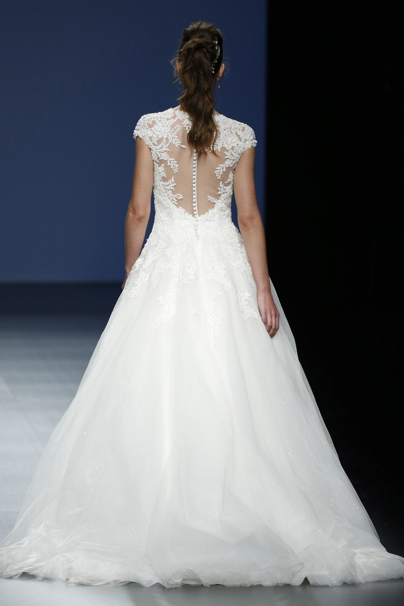 justin-alexander-barcelona-bridal-week-2016-costas-6