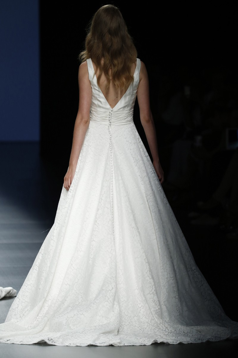 justin-alexander-barcelona-bridal-week-2016-costas-7
