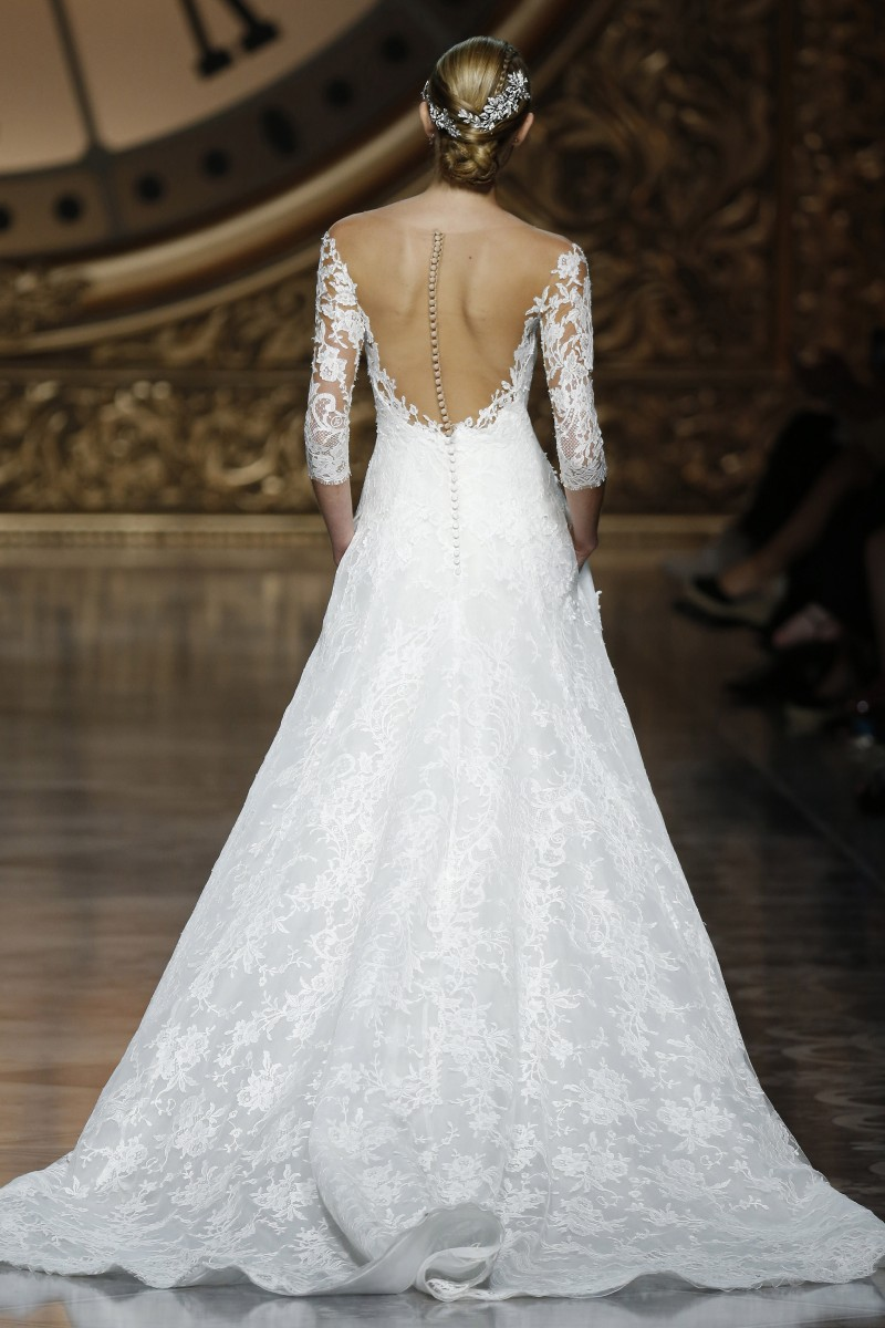 pronovias-barcelona-bridal-week-2016-costas-16