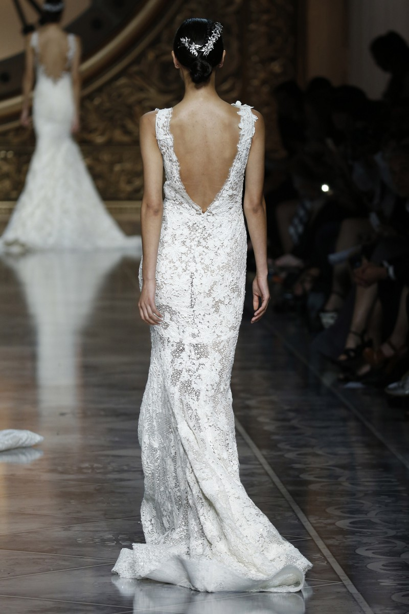 pronovias-barcelona-bridal-week-2016-costas-5