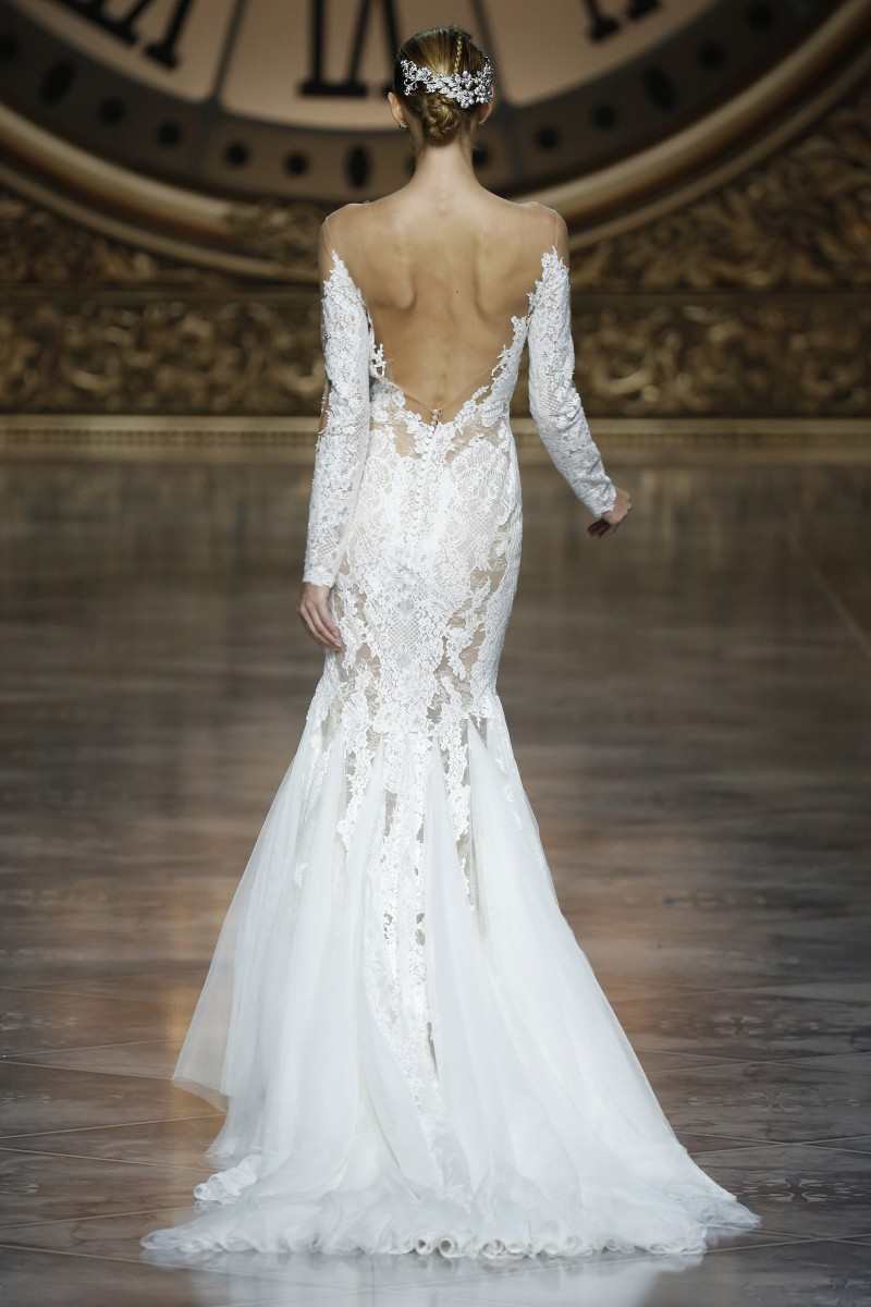 pronovias-barcelona-bridal-week-2016-costas-6