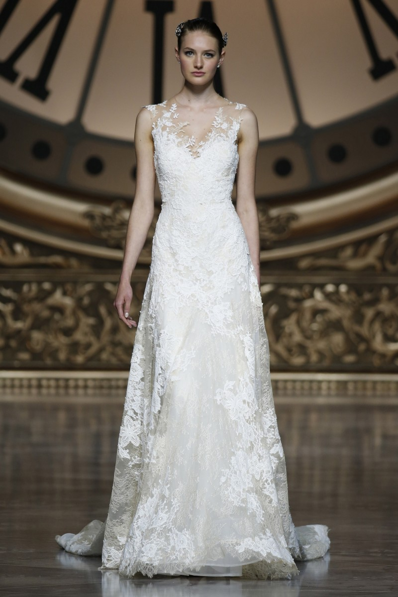 pronovias-barcelona-bridal-week-2016-frente-14