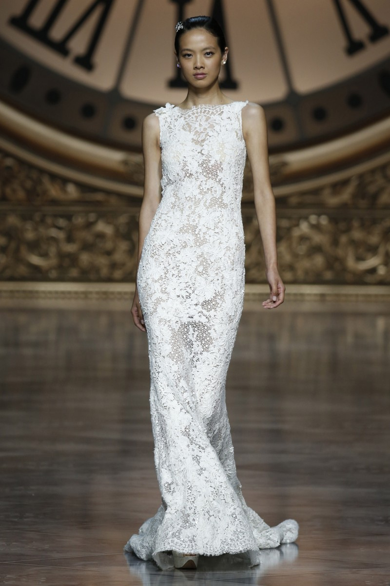 pronovias-barcelona-bridal-week-2016-frente-5