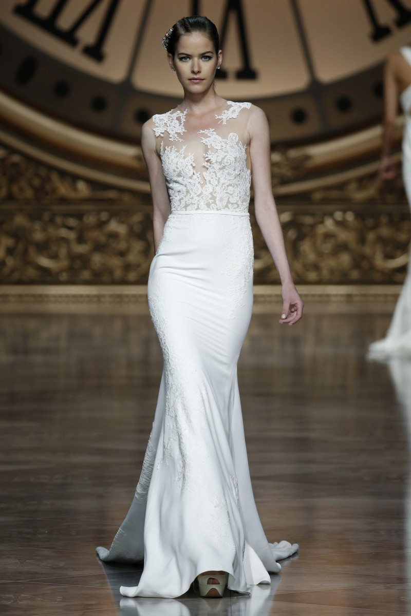 pronovias-barcelona-bridal-week-2016-frente-8