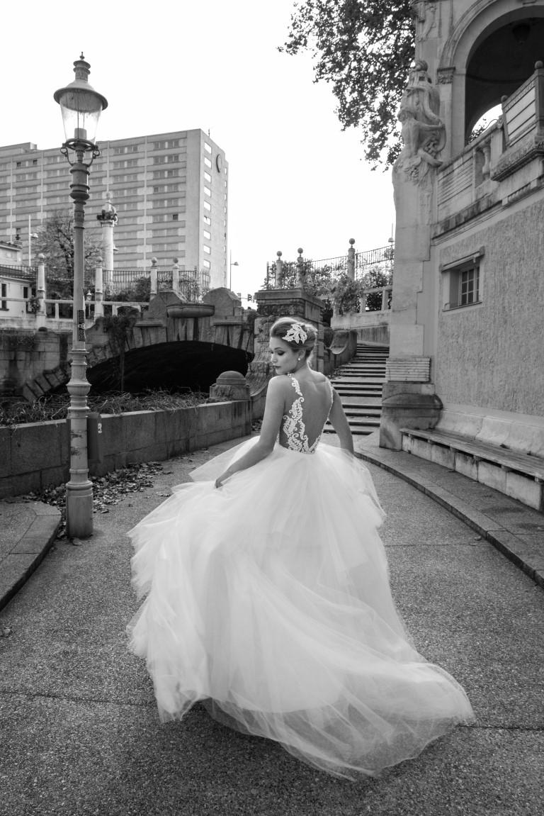 vestido-de-noiva-com-brilho-ao-ar-livre-looking-for-love-solaine-piccoli-fotos-por-everton-rosa