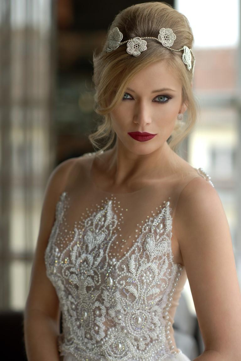 vestido-de-noiva-com-brilho-frente-looking-for-love-solaine-piccoli-fotos-por-everton-rosa