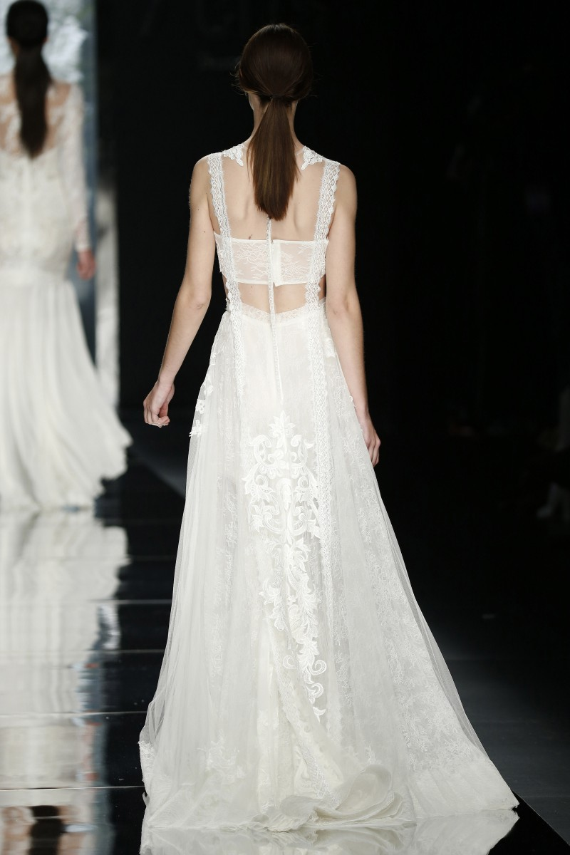 yolan-cris-barcelona-bridal-week-2016-costas-4