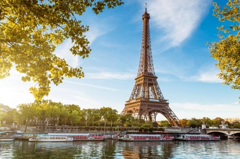 10-locais-mais-romanticos-para-pedir-a-amada-em-casamento-torre-eiffel