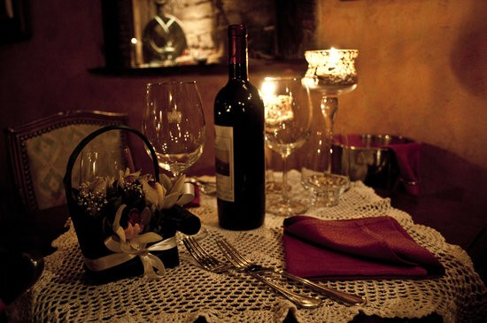 10-restaurantes-para-pedir-a-amada-em-casamento-the-library-roma