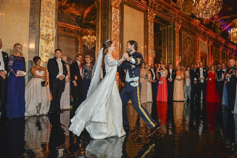 Casamento Sofia Hellqvist e Príncipe Carl Philip - revista icasei (17)