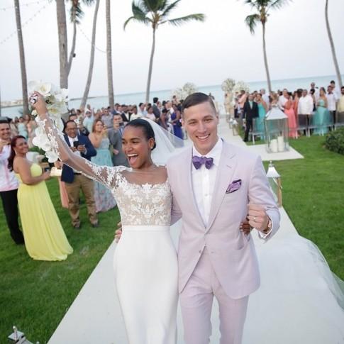 casamento-celebridade-arlenis-sosa-e-donnie-mcgrath-saida-dos-noivos