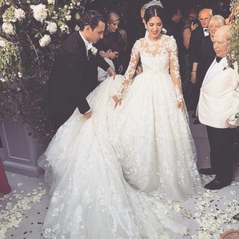 casamento-celebridades-noor-fares-e-alexandre-al-khawam-cerimonia-vestido