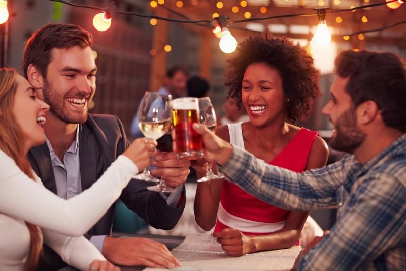 despedida de solteiro noiva e noivo juntos - revista icasei