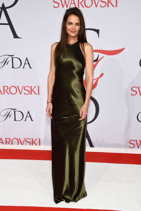 katie-holmes-de-ralph-lauren-cfd-awards-2015-red-carpet