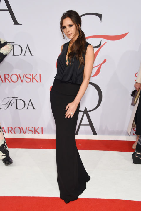 victoria-beckham-de-modelo-proprio-cfd-awards-2015-red-carpet