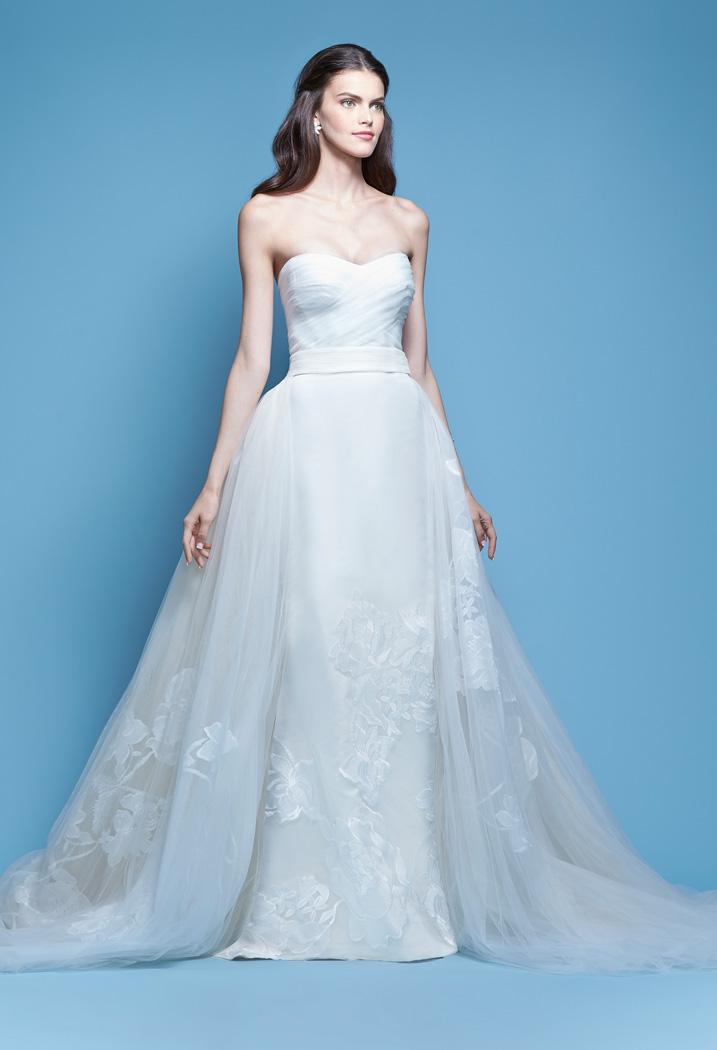 top-10-marcas-de-vestido-de-noivas-nos-eua-carolina-herrera-revista-icasei (1)